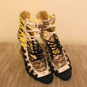 Steve Madden new woman's caged high heels